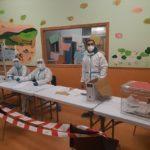 Creixell ofereix als membres de les meses del 14-F fer-se un test PCR gratuït