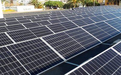 Tarragona aprova la rebaixa de l'IBI per estimular plaques solars i canviar els preus d'aparcaments