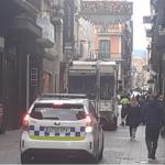 Un vehicle de la brossa de Reus atropella una dona al carrer Llovera