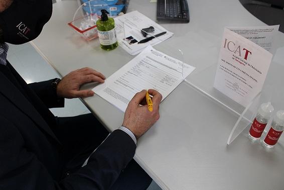L'ICAT demana la vacunació prioritària dels advocats del Torn d'Ofici i l'Assistència al Detingut