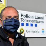 La Policia Local torrenca reparteix 2.300 mascaretes a les escoles i instituts per celebrar els 30 anys d'educació viària