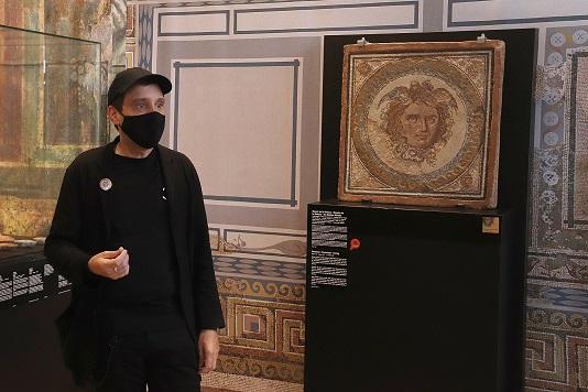 El MNAT incorpora un vídeo del reusenc Jordi Abelló que reivindica el mite de Medusa i la seva 'obra' al cap de Creus