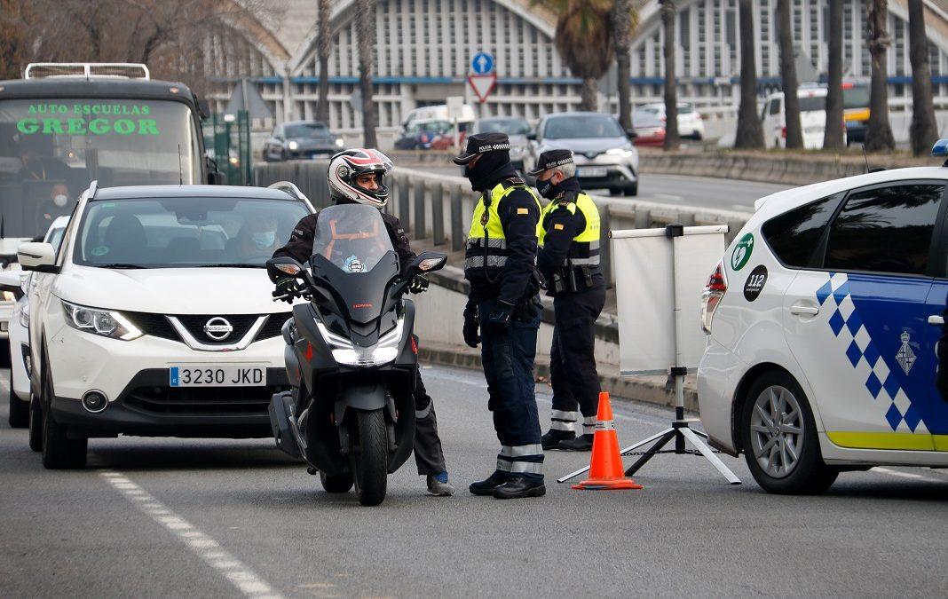 Catalunya continuarà tancada per Setmana Santa i queda en l'aire si mantindrà el confinament comarcal