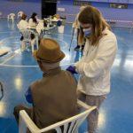 Vacunació massiva de vilatans de més de 80 anys a La Pobla de Motornès