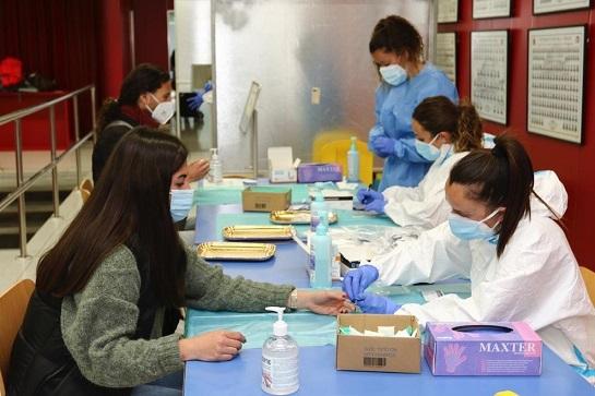 La campanya de cribratge massiu a la URV conclou amb quatre positius en coronavirus