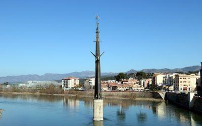 El contenciós administratiu paralitza els treballs previs per retirar el monument franquista de Tortosa