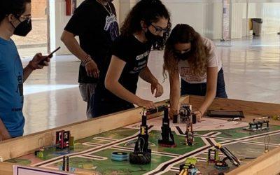'Efigy Girls Team', de l'Escola Ull de Vent de la Bisbal del Penedès, guanya la Firts Lego League Challenge