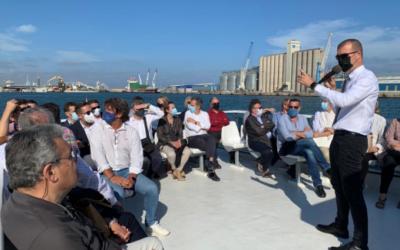 Trenta empreses vinculades a la Cambra de Comerç de Reus visiten el Port de Tarragona