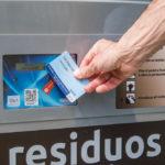 Tarragona iniciarà un nou sistema de recollida de residus amb identificació personal a Cala Romana, el Serrallo i Bonavista
