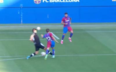Una expulsió rigorosa es carrega el Barça-Nàstic (4-0)