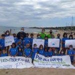 Més de 150 persones recullen residus en la Platja Llarga en el 30è Dia de Platja de Mare Terra