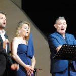 Nit màgica al Castellvell Music Festival a càrrec d'Àngel Òdena, Carolina Fajardo i Roger Padullés