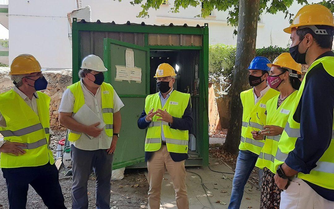 Avancen les obres per reconvertir un edifici noucentista de Salou en espai smart office