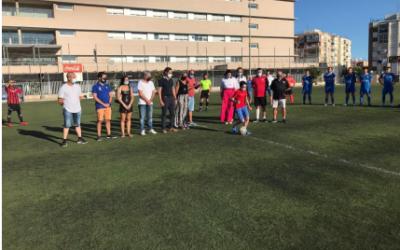 Els diners recaptats de l'entrada de l'amistós del Tarragona FC contra el Corbera d'Ebre es donen a l'AECC de Tarragona
