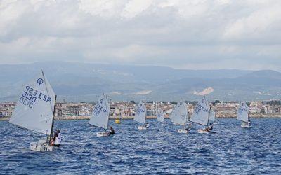 La Regata Cambrils a Bon Port compleix 15 anys amb gairebé 150 regatistes de tot Catalunya