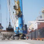 El Port mou a l'agost un 44% més de mercaderies que fa un any