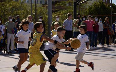 Més de 200 nens i nenes (re)descobreixen les sensacions de jugar a bàsquet a les pistes del Col·legi La Salle Tarragona
